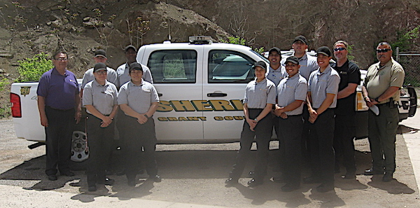 gcso donate vehicle to wnmu police acad.jpg