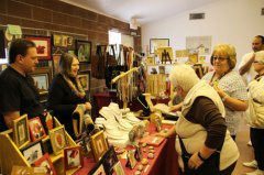 Grant County Art Guild holds holiday craft sale 120217
