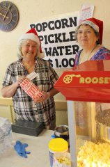 Silver City Woman's Club holds holiday sweet sale 120217