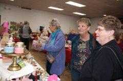 Delta Kappa Gamma holds holiday market 111018