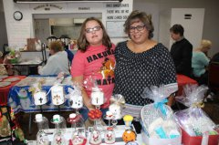 Delta Kappa Gamma holds holiday market 111018