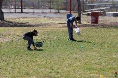 Easter egg hunt in Hurley Park 032418